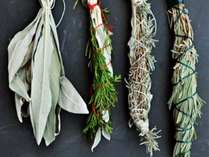 incenso-natural-de-ervas-aromaticas